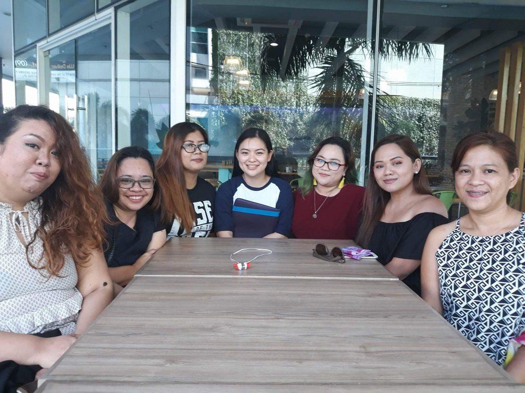 girl tribe BFFs